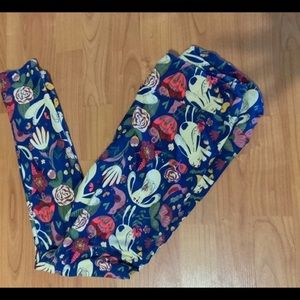 Lularoe  Bunny Leggings Large